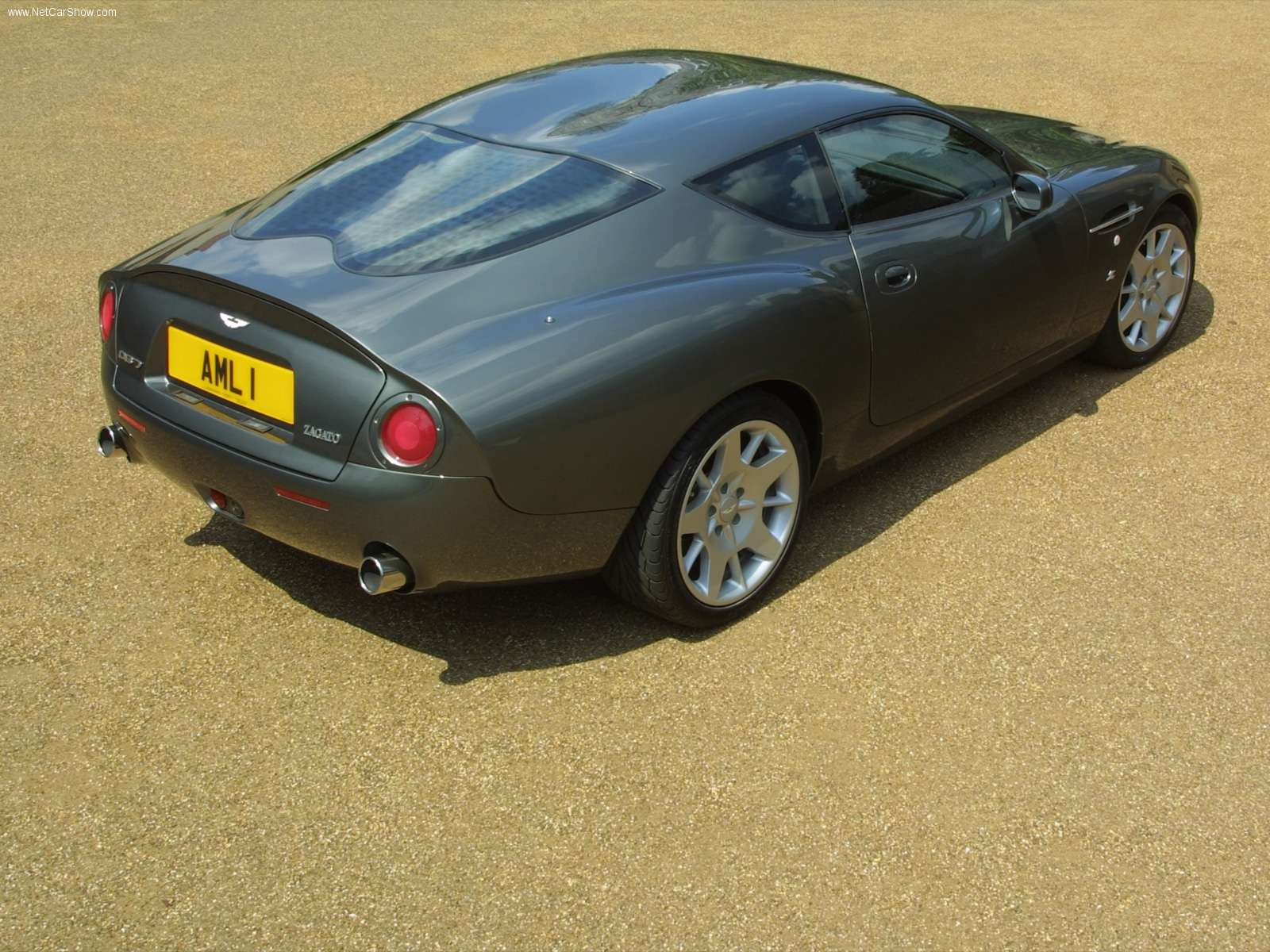Aston Martin DB7 Coupe 2002