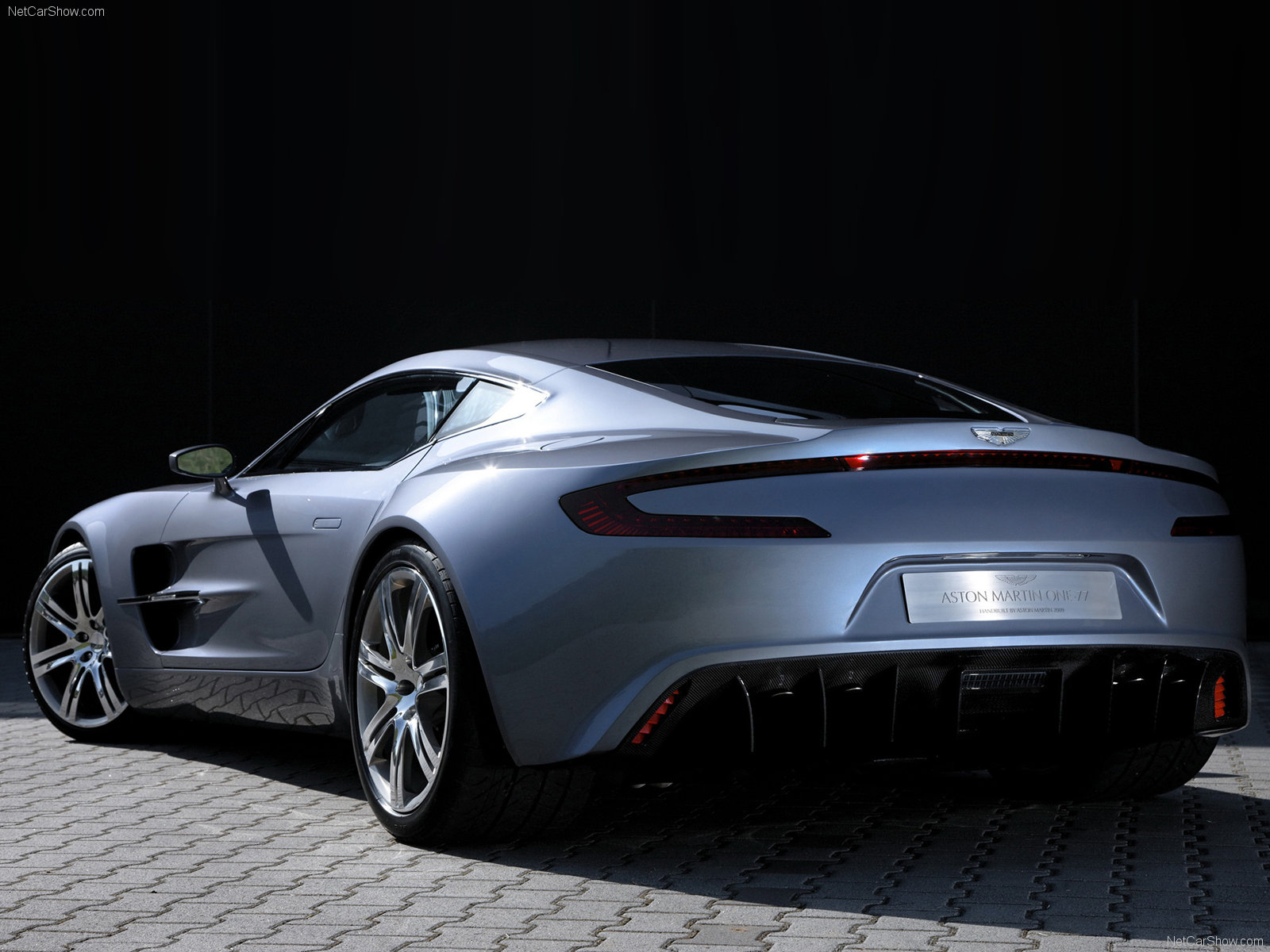 tuning aston martin one 77 coupe 2012 online accessories and spare parts for tuning aston. Black Bedroom Furniture Sets. Home Design Ideas
