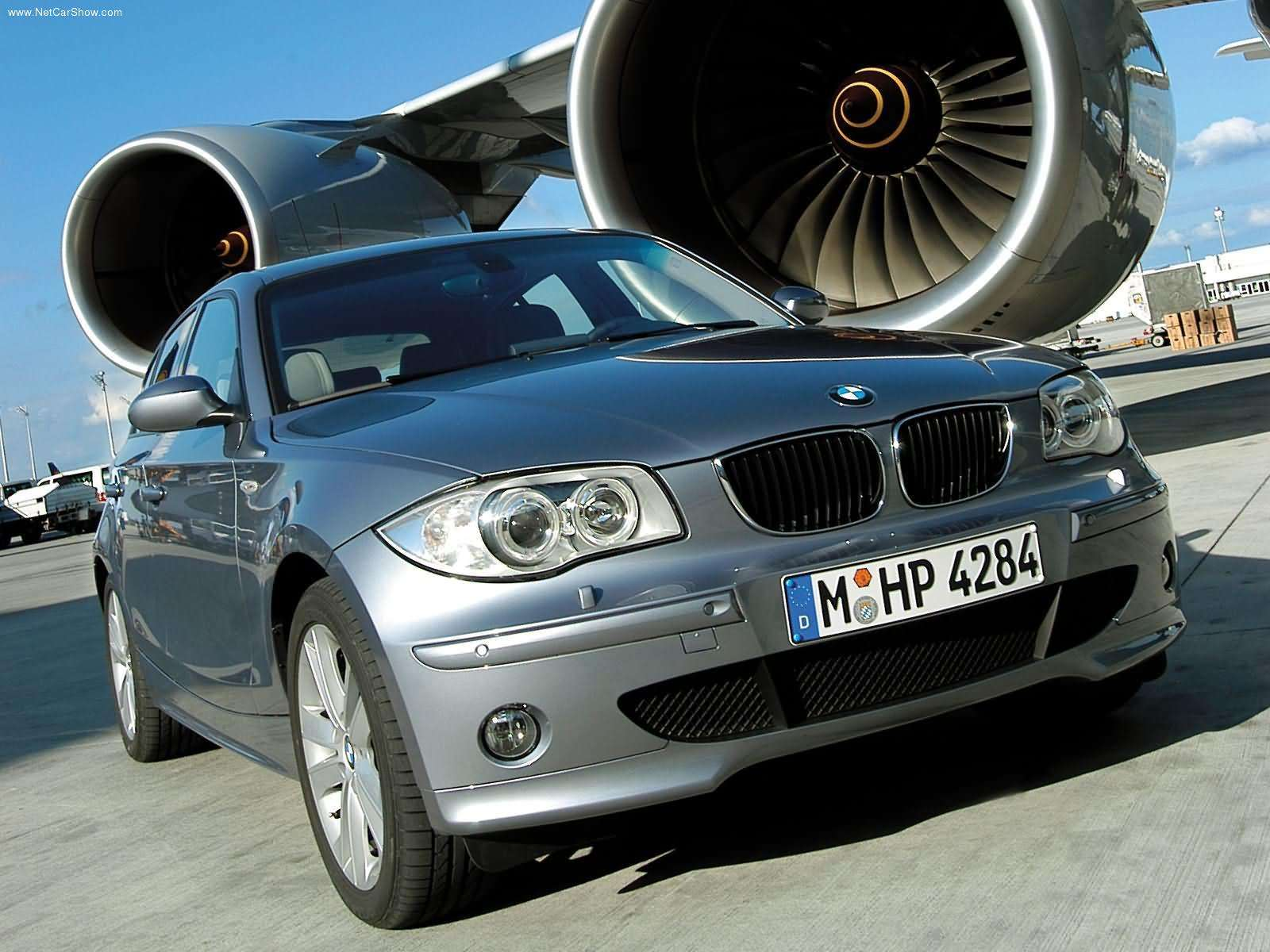BMW 1 Series 5 Door Hatchback 2009