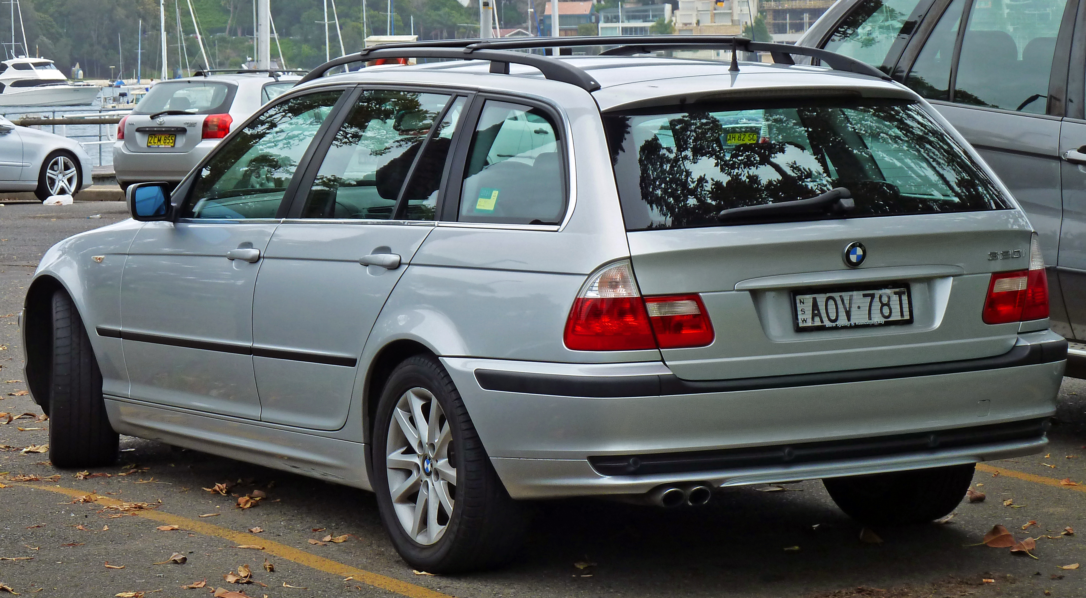 ... BMW 3 Series Wagon 2002 ...