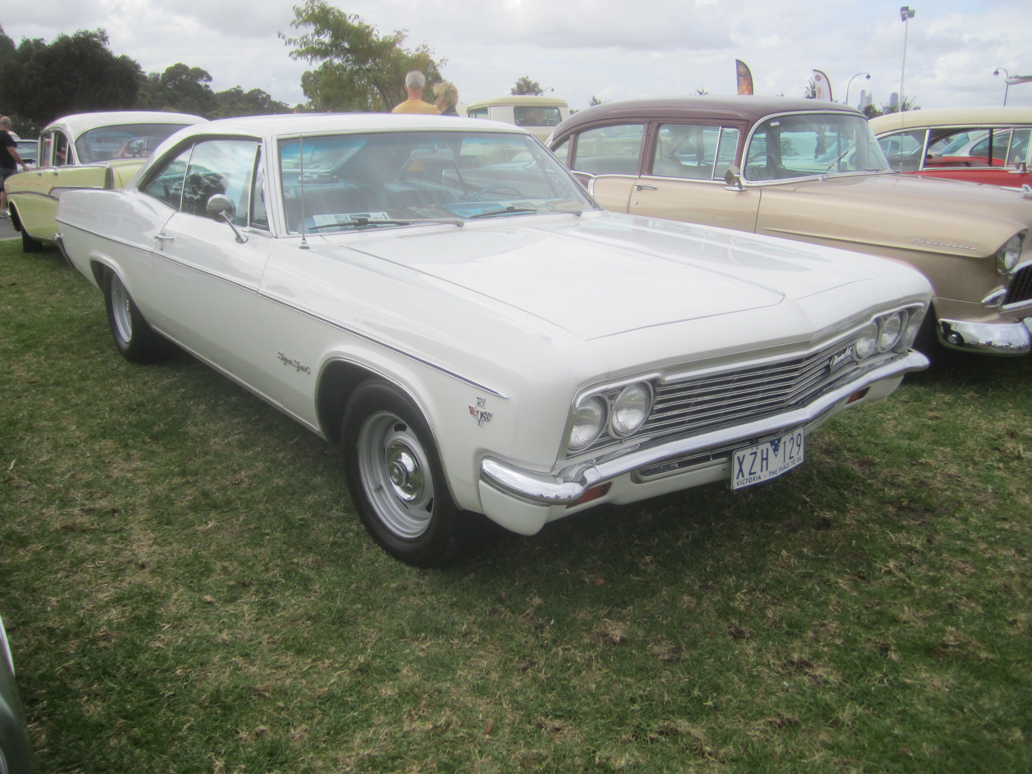 Chevrolet Impala Sport Coupe Coupe 1966