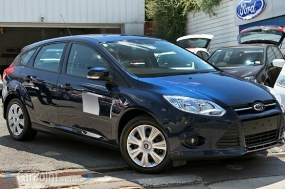 Ford Focus Sedan 2011