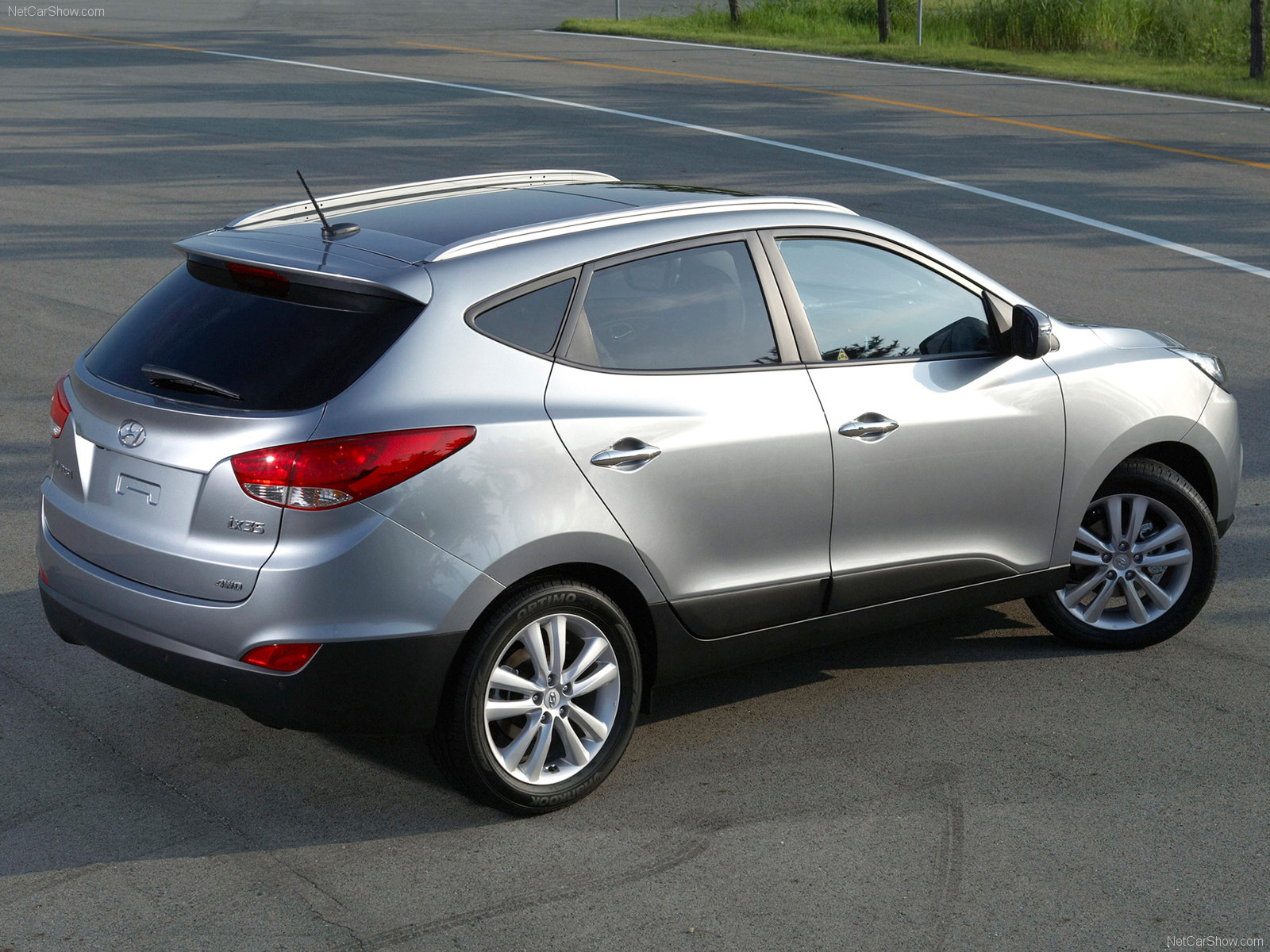 my perfect hyundai ix35 3dtuning probably the best car. Black Bedroom Furniture Sets. Home Design Ideas
