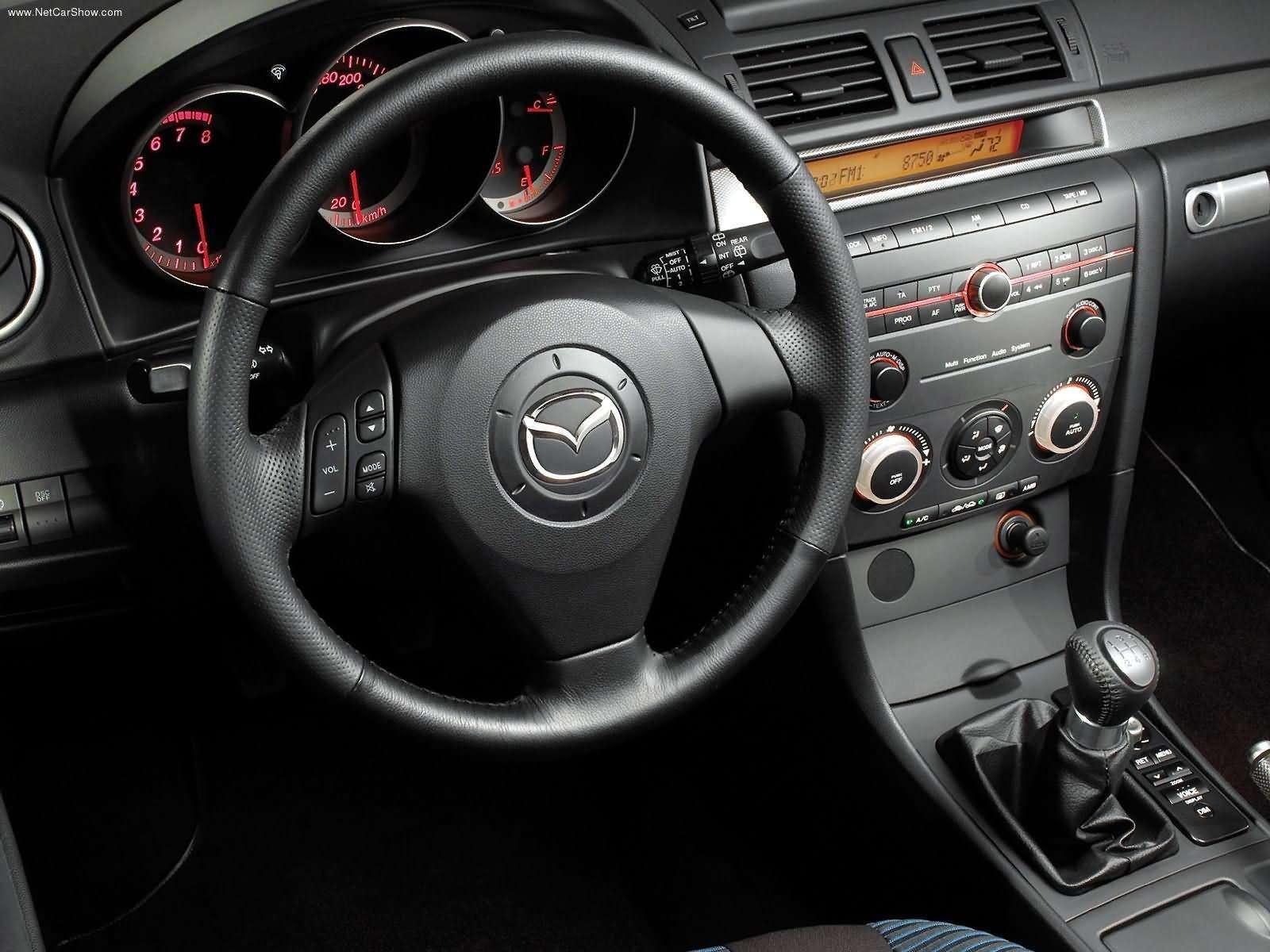 Mazda 3 5 Door Hatchback 2004 3
