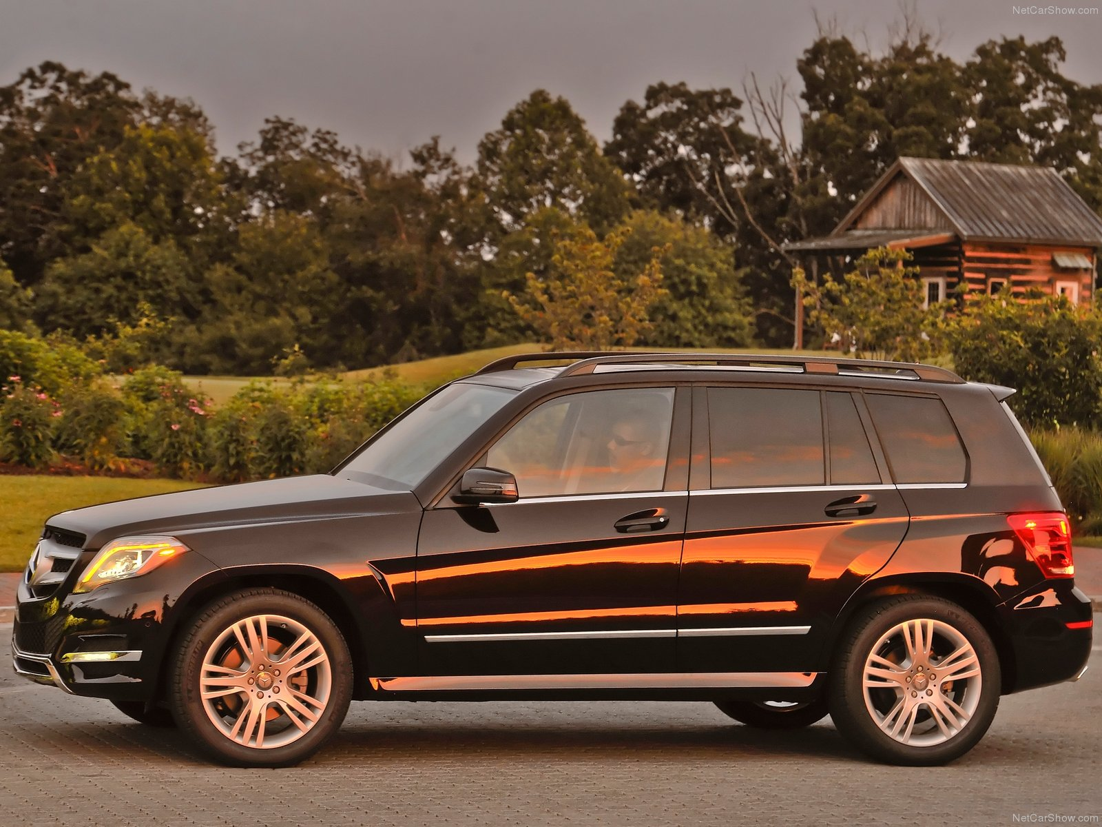 my perfect mercedes glk class 3dtuning probably the. Black Bedroom Furniture Sets. Home Design Ideas