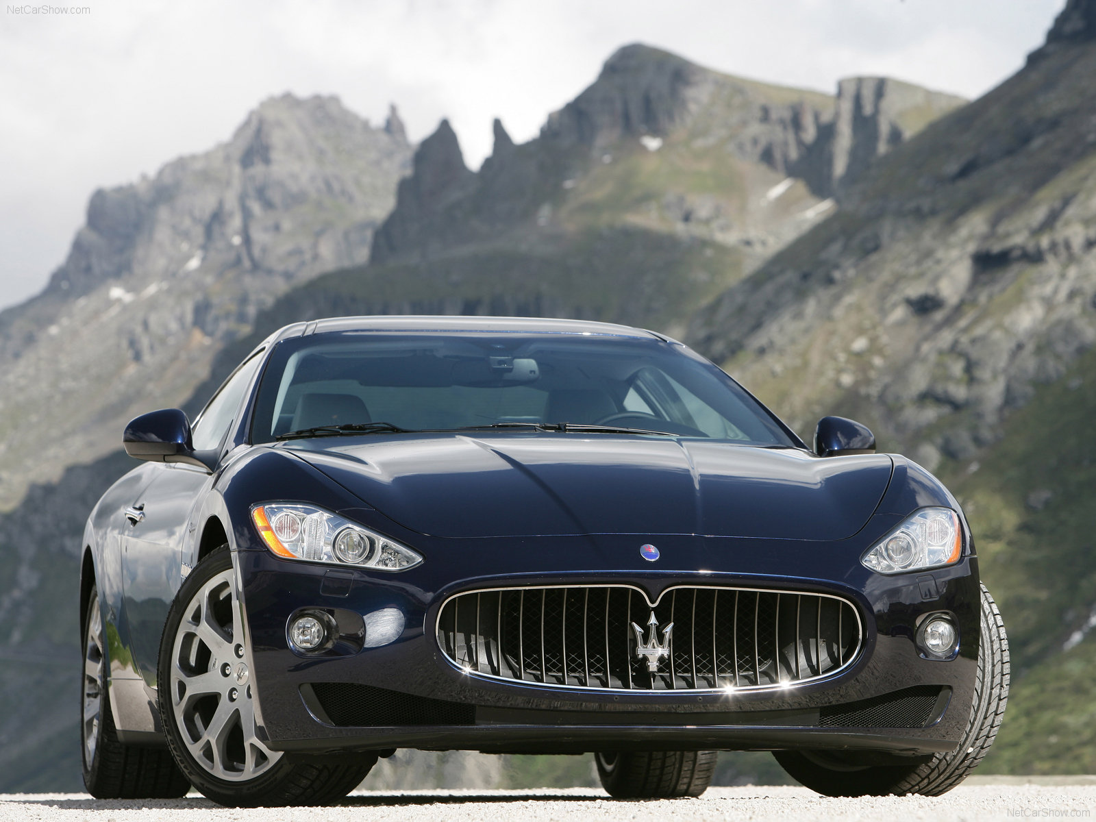 My perfect Maserati GranTurismo. 3DTuning - probably the ...